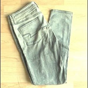 Grey American Eagle Super High Waisted Jeans